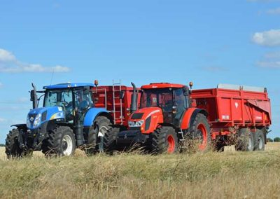 zetor-vs--new-holland